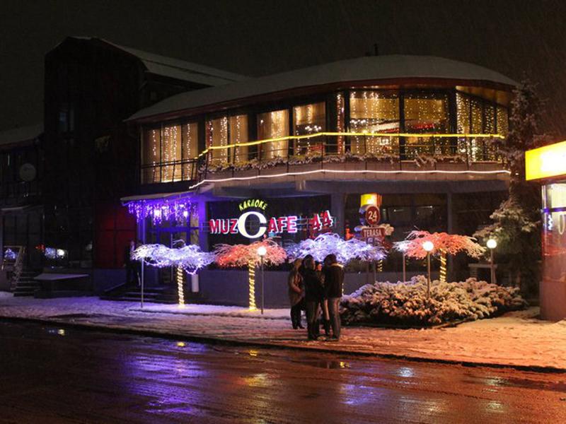 jazzcafe muzzcafe 44 chisinau restaurant