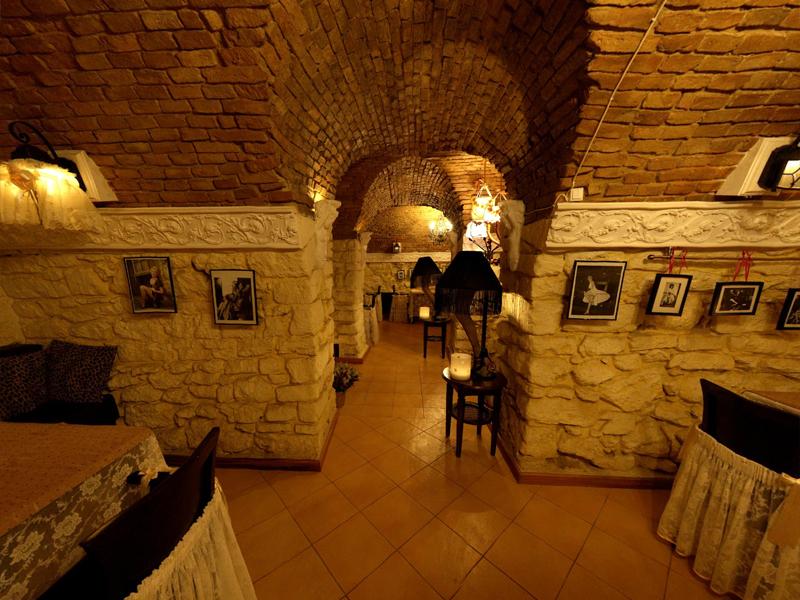 chisinau moldova restaurant flirt