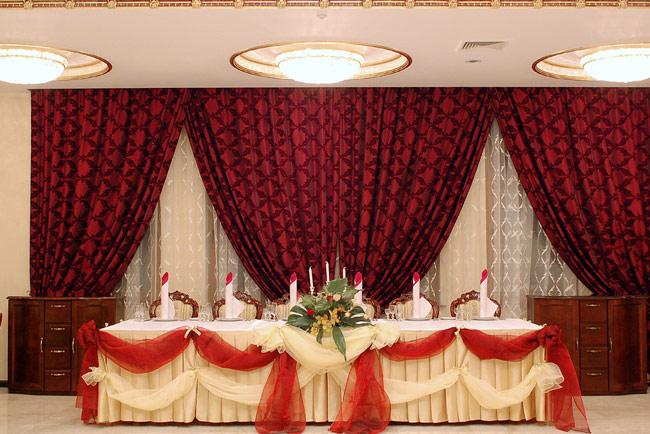 restaurant chisinau moldova kvint palace